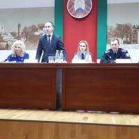 В Ленинском районе состоялось совместное заседание комиссии по делам несовершеннолетних и координационного совета администрации по контролю за выполнением Декрета Президента Республики Беларусь от 24 ноября 2006 г. № 18